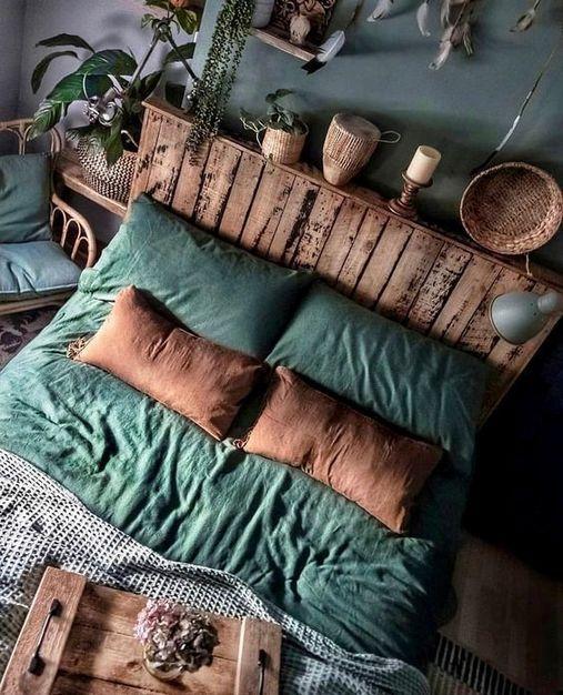 Giường ngủ ấm cúng mang phong cách Vintage